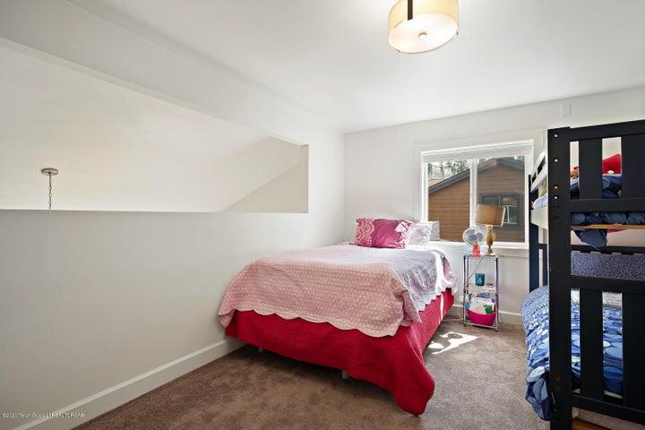 Large bonus/bedroom