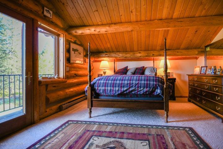 main house loft bedroom
