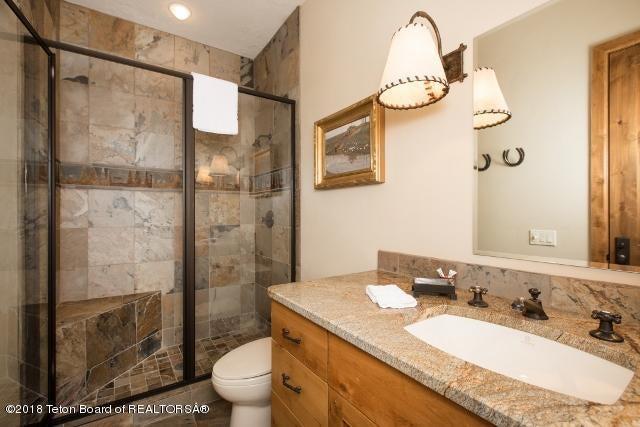 31. Guest House Bath