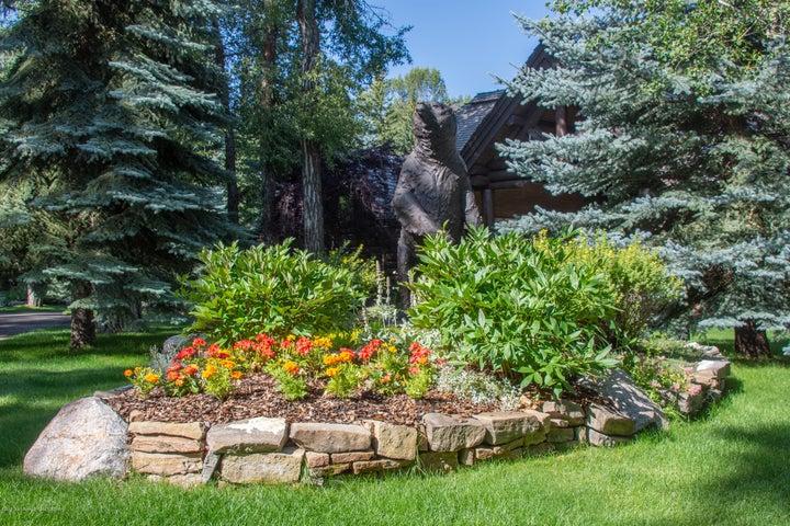 Sculptures & Gardens