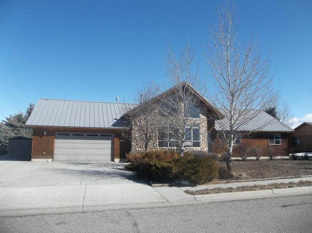 1312 CLUB HOUSE RD, Pinedale, WY 82941