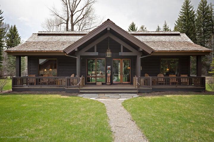 555 E Cloudveil Guest House LoRes-2