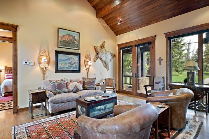 555 E Cloudveil Guest House LoRes-7