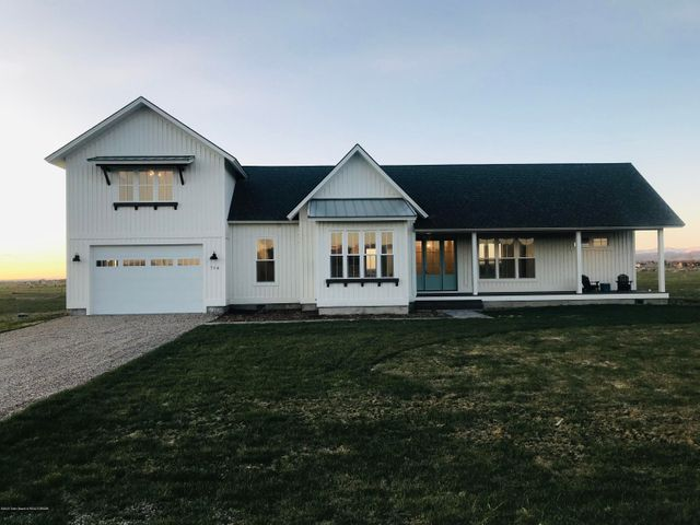 716 PEAK VIEW ESTATE, Victor, ID 83455