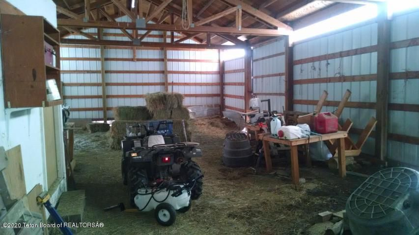 Shop with enclosed tack room to left