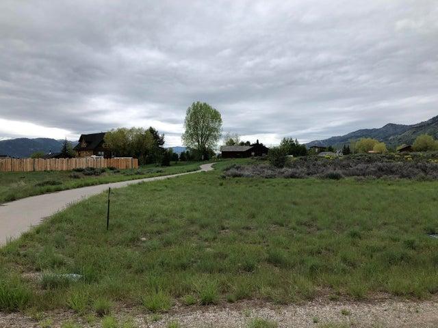 56 COLUMBINE STREET, Alpine, WY 83128