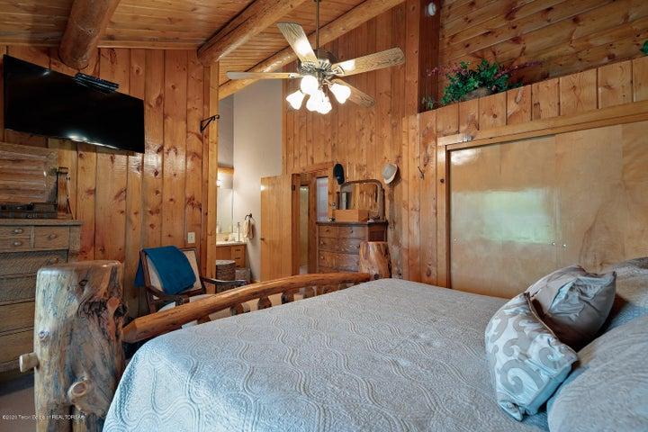 2055 South Par Ranch LoRes-2