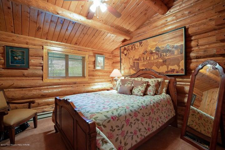 2055 South Par Ranch LoRes-4