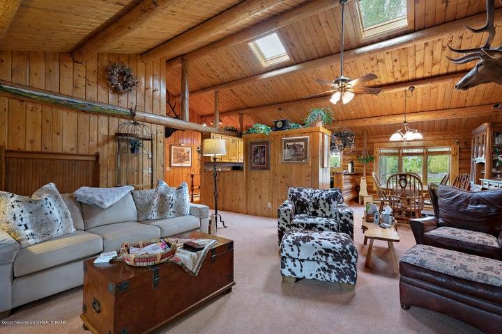 2055 South Par Ranch LoRes-14