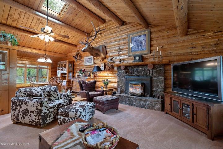 2055 South Par Ranch LoRes-15