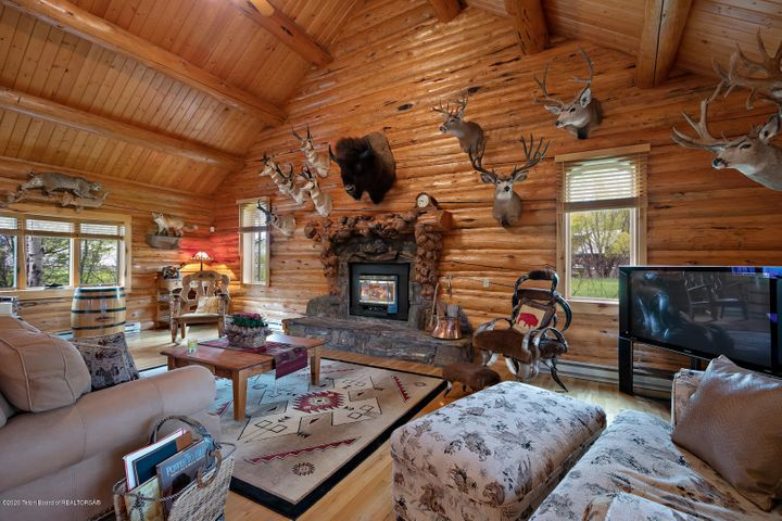 2055 South Par Ranch LoRes-25