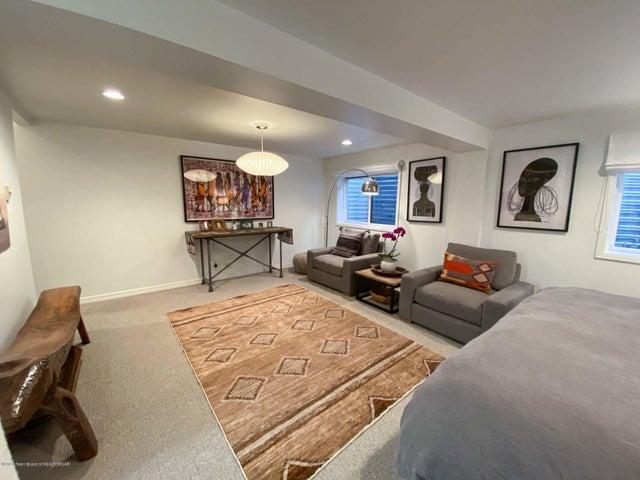 Bonus Downstairs Suite 2