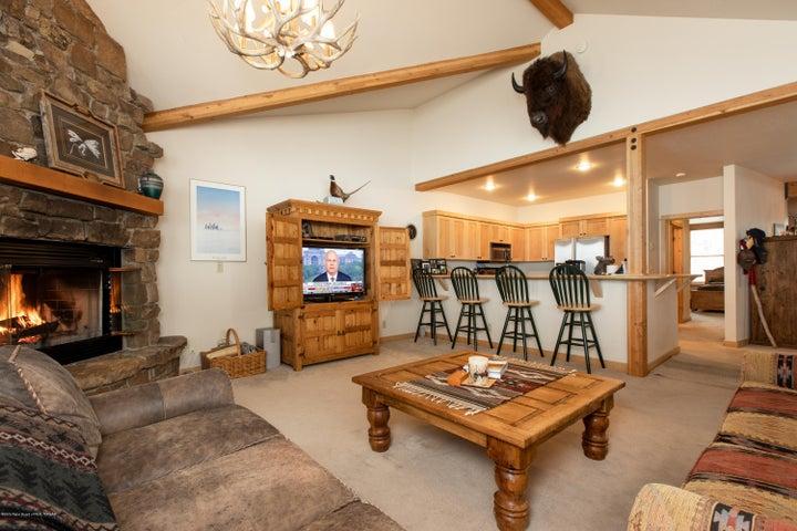 4- Living Room 2