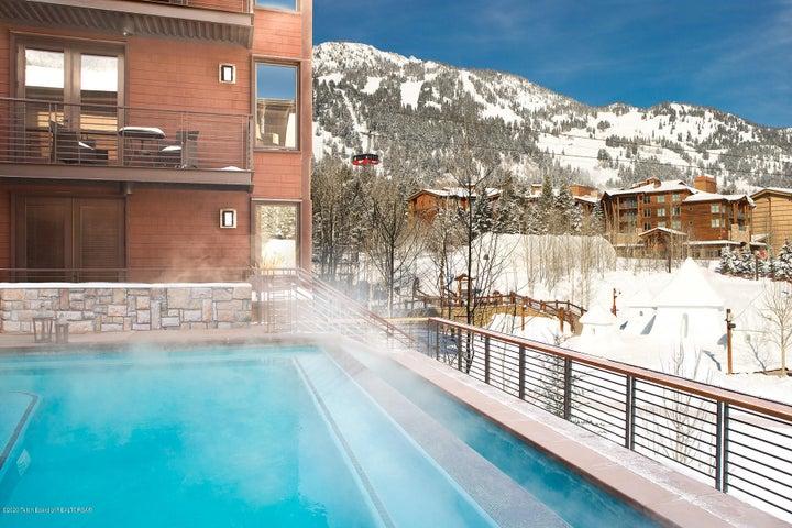 4 Hotel Terra Jackson Hole Infinity Pool