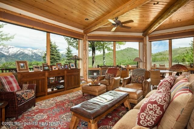 3. Living room and views