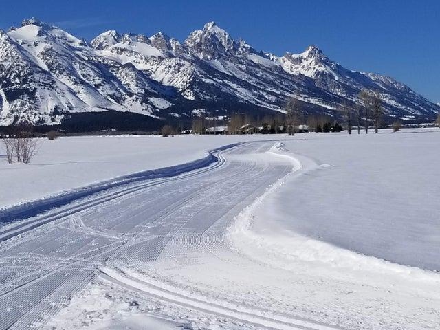 Ski track with Teton
