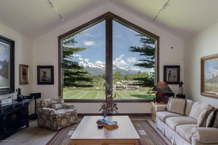 living room mtn views