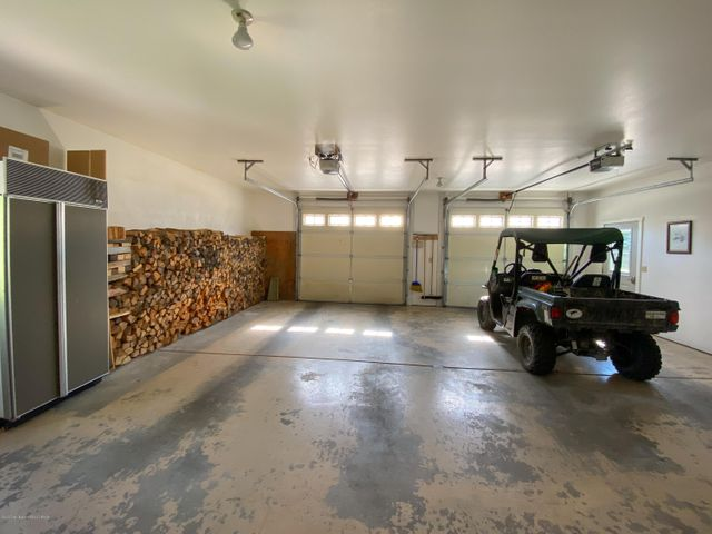Main House Garage 2