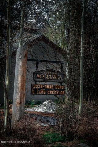 Woodlands Entry