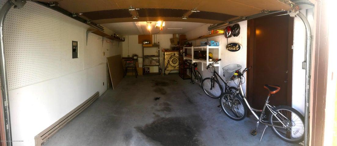 Garage (3)