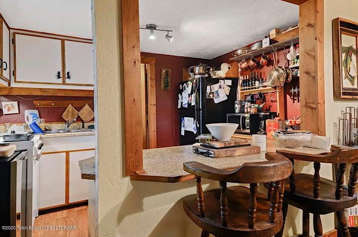 Guest house kitchen 2