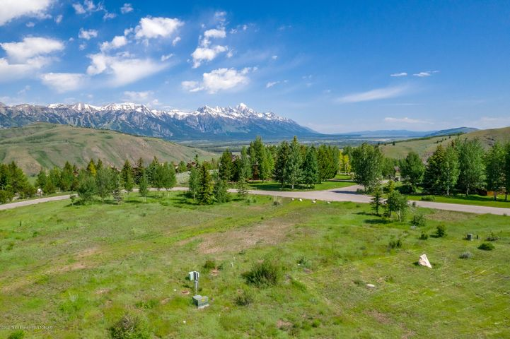 1735 EAST BUTTE  <br>Jackson, WY