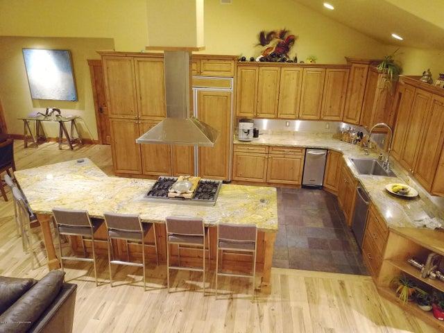 Kitchen_DJI_0182