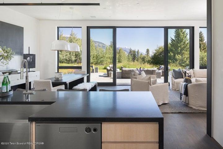 Kitchen to terraces