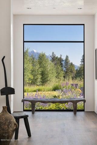 Grand Teton Foyer