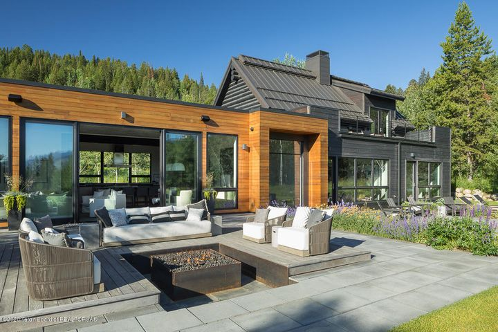 Outdoor Terraces to Master
