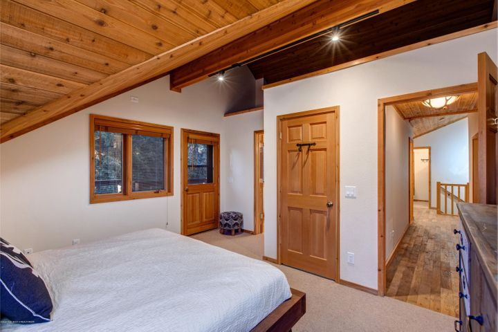 Upstairs Master Bedroom with Loft
