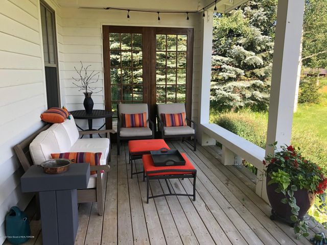 Covered Porch 1 of 4