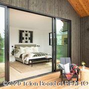 Master Bedroom w: Deck