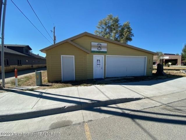 107 S FREMONT ST, Pinedale, WY 82941