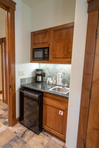3rd Bedroom Wet Bar