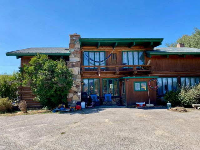 10151 US HWY 191, Pinedale, WY 82941