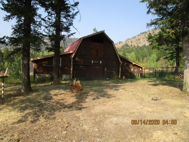 693 MOONSET RANCH  <br>Thayne, WY