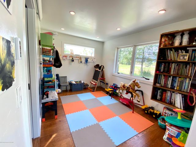 Toy room:office:den