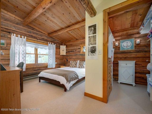 Bontecou- bedroom 2