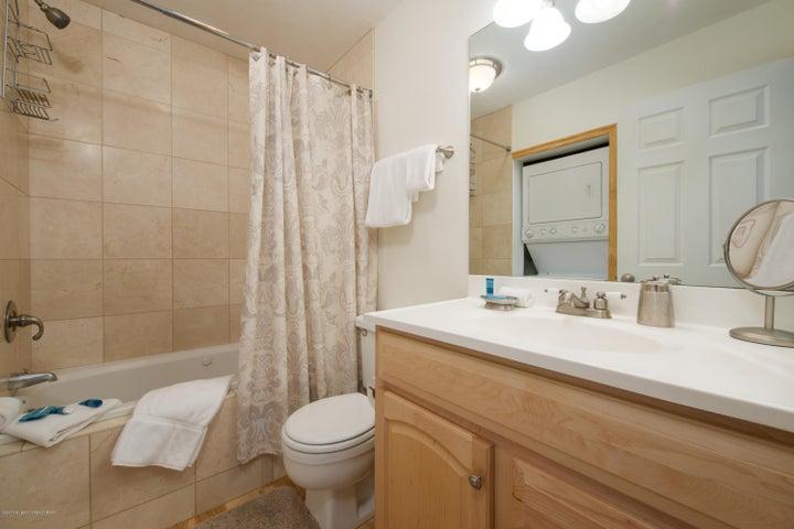 7- Bathroom