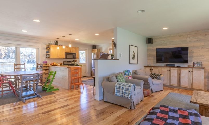 2186 Living Room