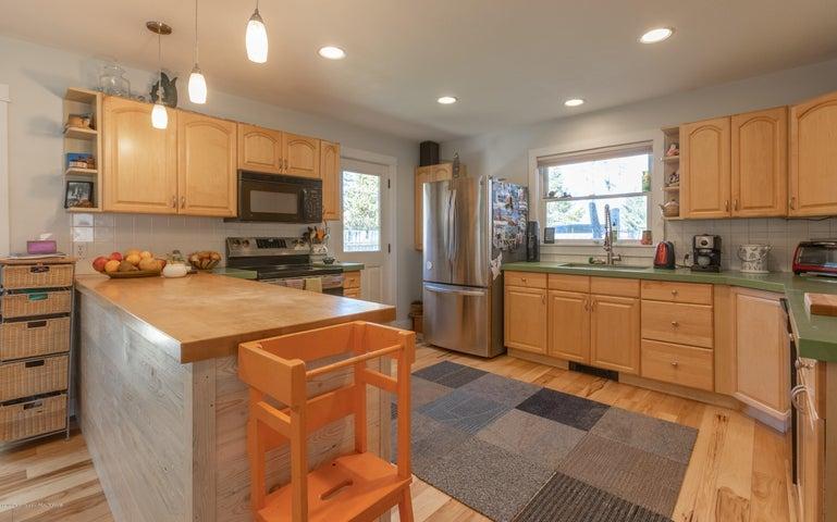 2186 Kitchen