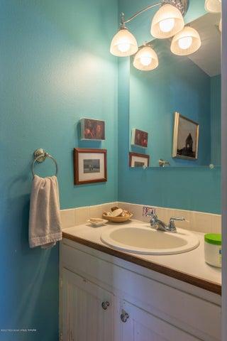 2186 Bathroom