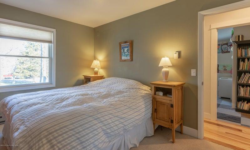 2186 Master Bedroom