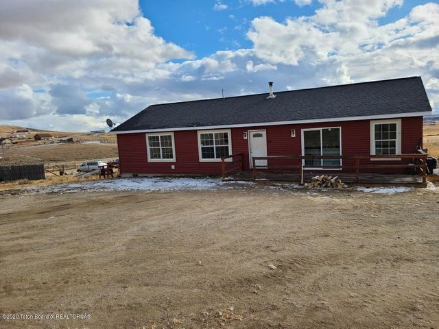 17 S SIOUX TRL, Pinedale, WY 82941