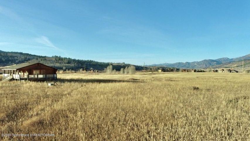 162 CABIN ROAD  <br>Alpine, WY