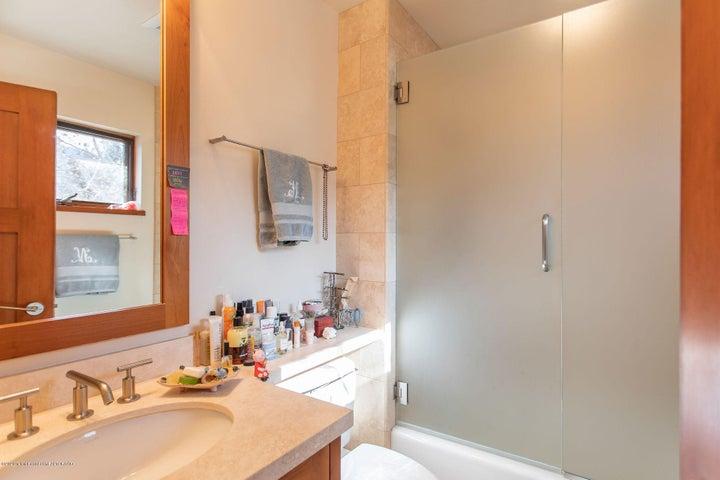 En-Suite Bath