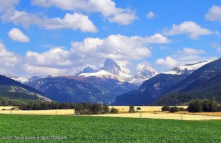 GRAND MOUNTAIN VIEW LN <br>Alta, WY