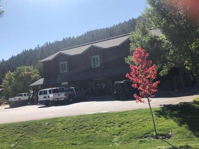 185 US-89, Alpine, WY 83128