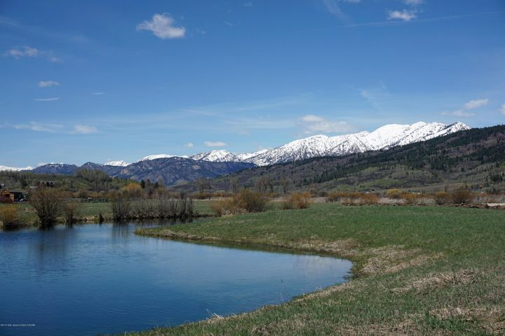 42 RIVER TRAIL CIRCLE, Alpine, WY 83128
